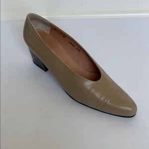 Vintage ROBERT CLERGERIE Taupe Leather Heels